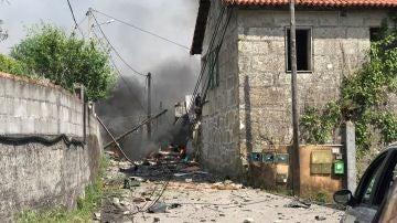 Una casa derruida por la explosión en Tui