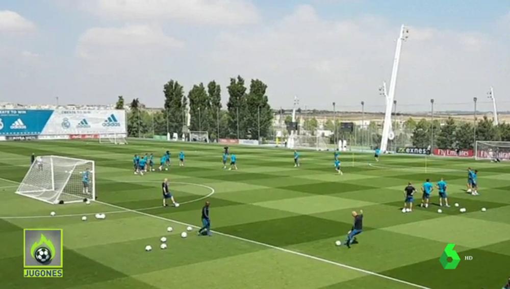 Conexión Modric-Zidane en Valdebebas: golazo de volea del croata... ¡a centro del técnico francés!