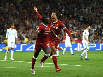 Mané celebra su gol