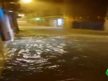 Las calles de Tarazona se convierten en ríos tras la brutal tromba de agua que dejan en Aragón las tormentas