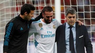 Dani Carvajal se marcha entre lágrimas