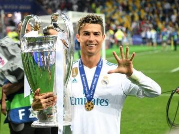 Cristiano Ronaldo celebra su quinta Champions