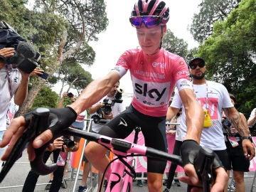 Froome en la victoria del Giro