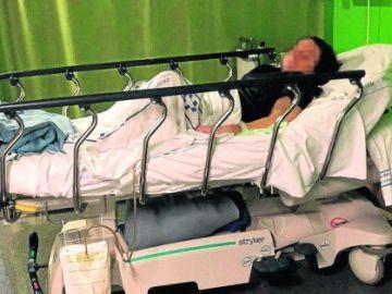 Lleva seis meses en urgencias a la espera de recibir ayuda social