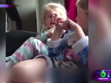 El inocente gesto de una niña sobre lo que hicieron Harry y Meghan tras su boda que escandaliza a sus padres