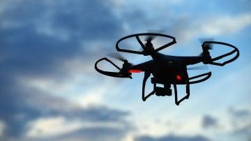 Un dron volando