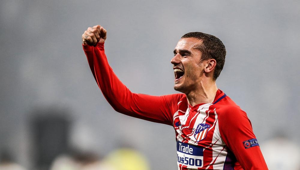 Griezmann celebra la Europa League con el Atlético de Madrid
