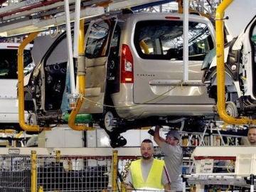 La producción de vehículos en España aumenta un 31% en abril Subtítulo