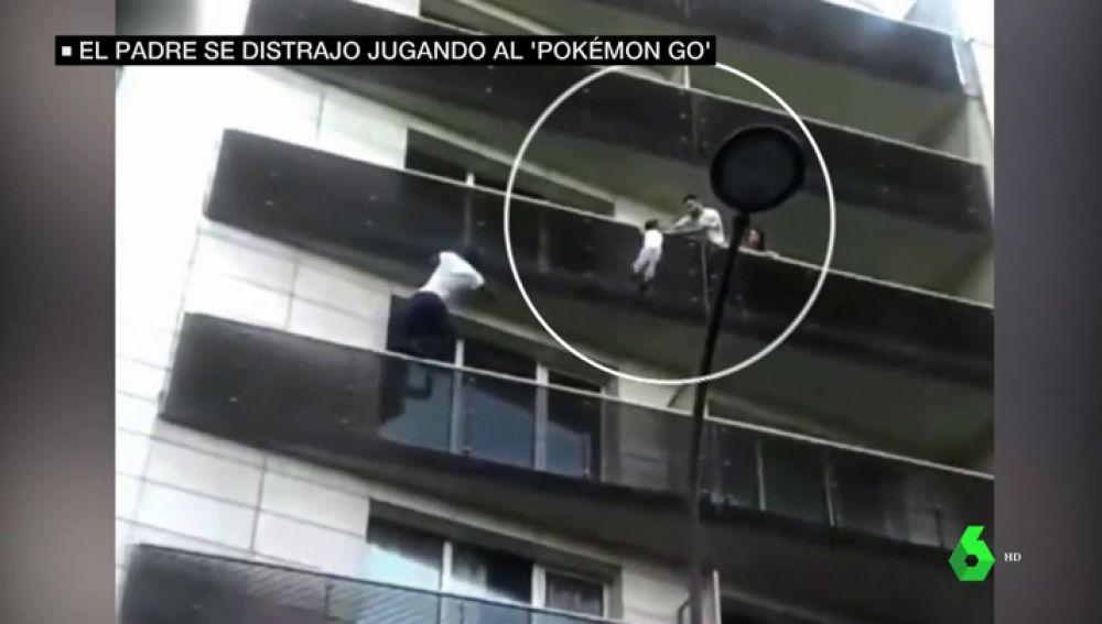 El niño rescatado por el 'héroe de París' quedó colgando del cuarto piso tras caer desde el sexto