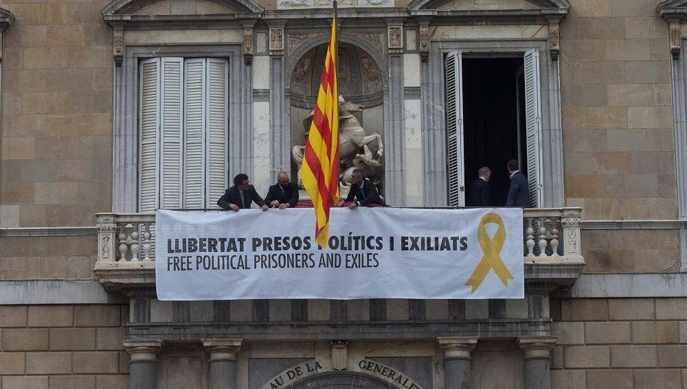 Resultado de imagen de simbolos independentistas catalanes