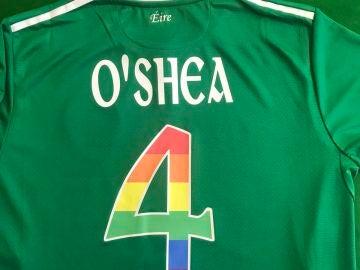 Los dorsales en apoyo a la comunidad LGTBI de la selección irlandesa