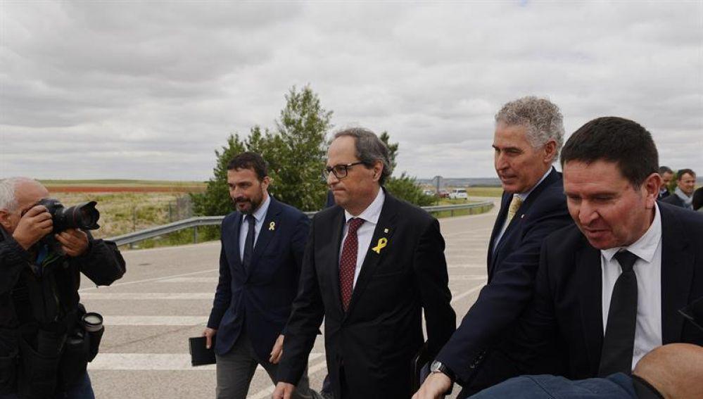 El presidente de la Generalitat de Cataluña, Quim Torra, a su salida de la cárcel madrileña de Estremera