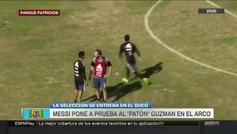<p>El 'fallo' más viral de Higuaín: no atinó a abrazar a Dybala</p>
