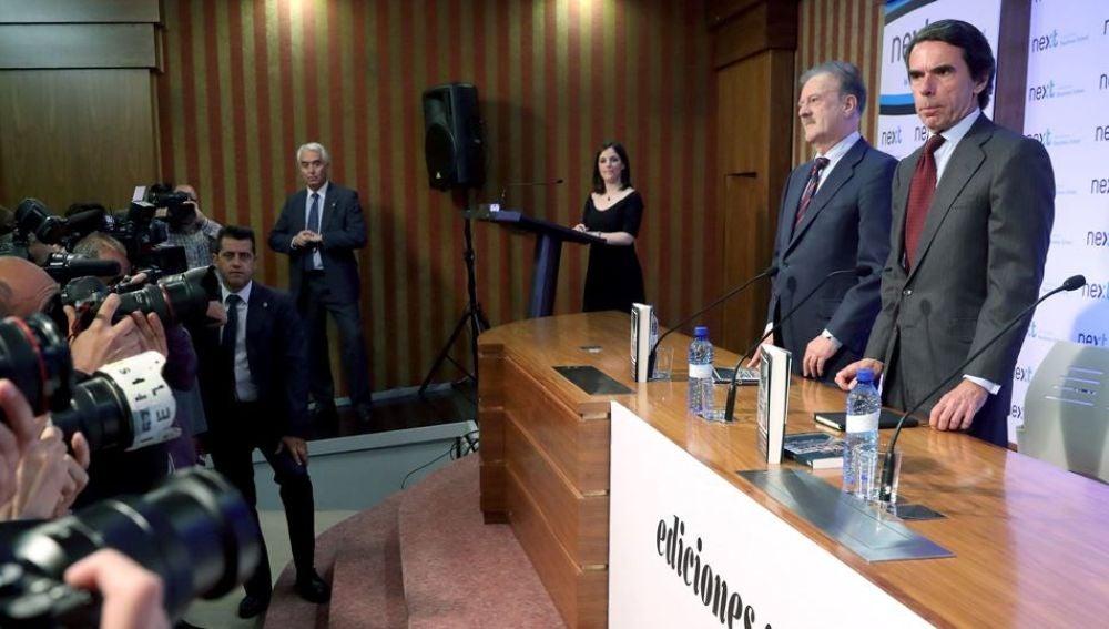 Reaparición pública de José María Aznar