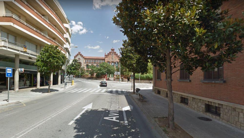 Imagen de la calle en la que se ha producido el atropello de un ciclista
