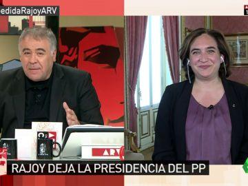 """<p>Ada Colau: """"La dimisión de Rajoy es coherente. No diría que se va, sino que le hemos echado""""</p>"""