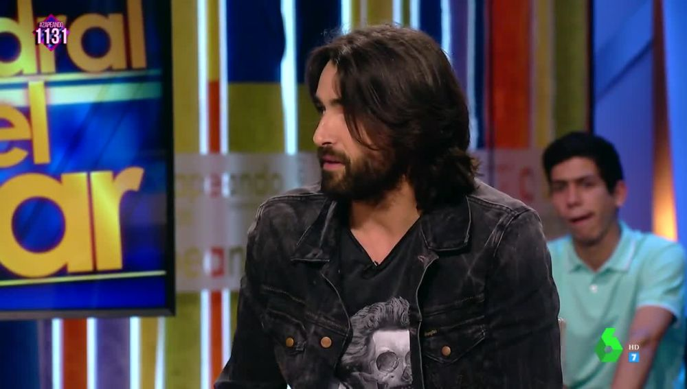 El actor Aitor Luna visita por primera vez Zapeando