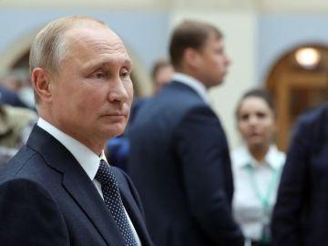 El presidente ruso, Vladimir Putin, antes de una rueda de prensa