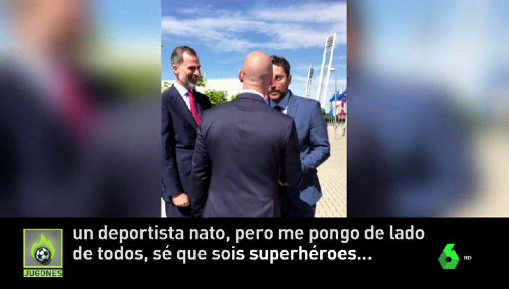 "Màxim Huerta: ""Estoy con vosotros, sé que sois superhéroes"""