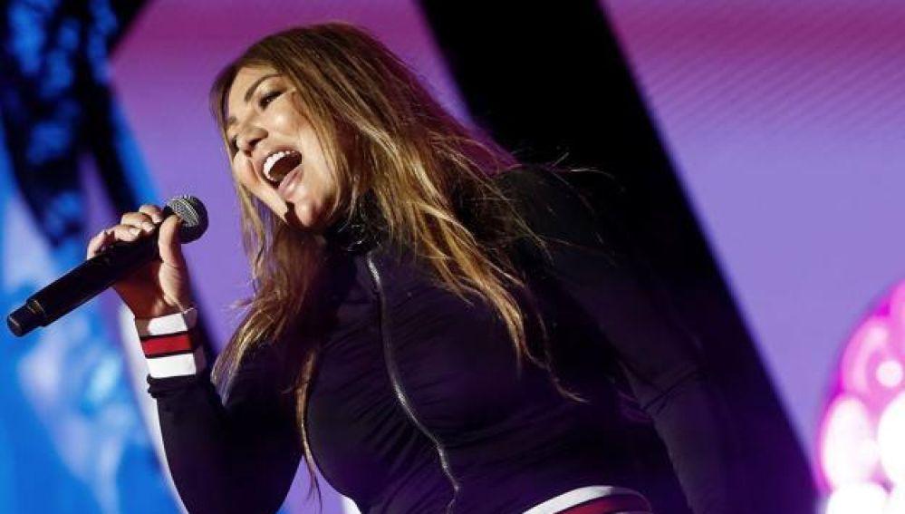 Nuevo Traspié de Amaia Montero: se olvida de la letra en directo