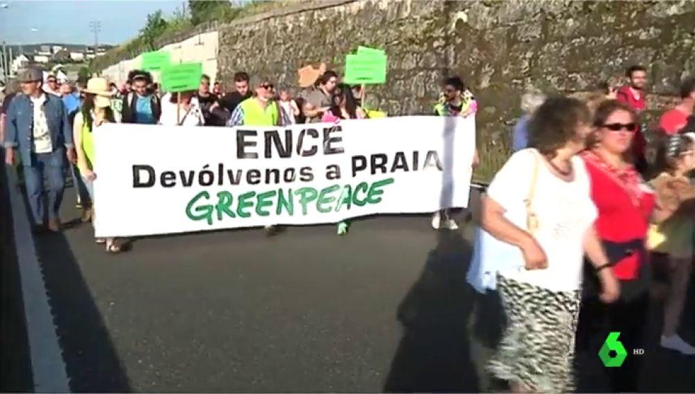 Manifestación contra la celulosa de Ence