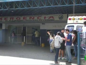Al menos 17 muertos tras la explosión de una bomba de gas lacrimógeno en una fiesta de graduación en Caracas