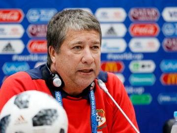 Hernán Gómez, seleccionador de Panamá en rueda de prensa