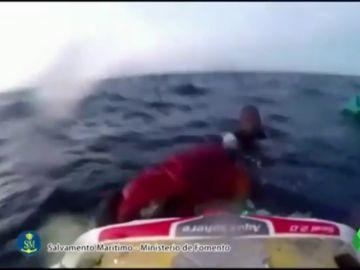 Al menos 40 personas desaparecidas tras naufragar una patera cerca de Cabo de Gata