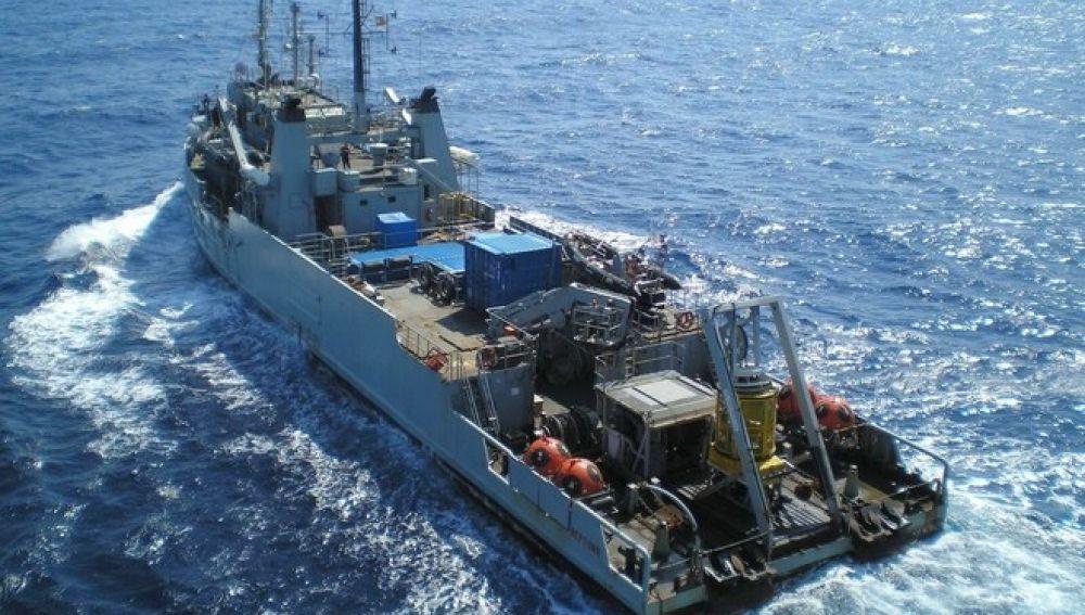 Buque de salvamento y rescate Neptuno