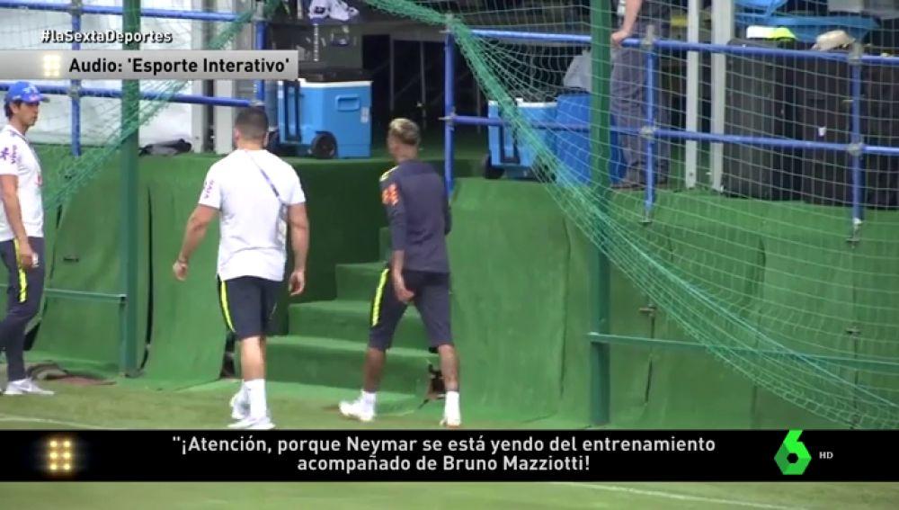 Neymar se retira del entrenamiento de Brasil doliéndose del tobillo