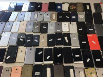 Algunos de los móviles robados en el Sónar