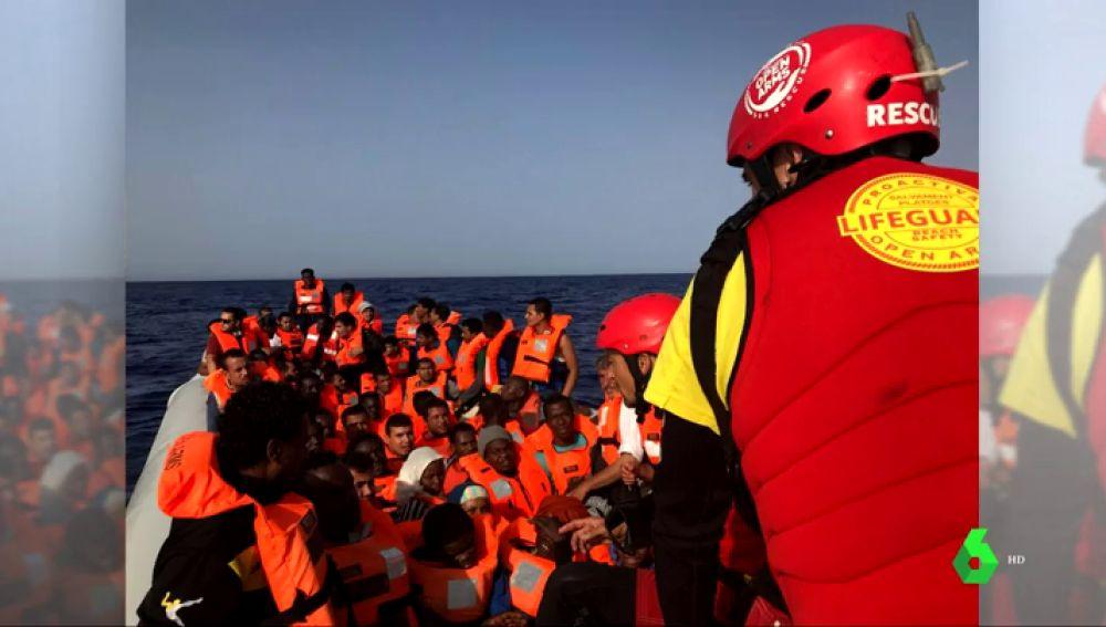 Proactiva Open Arms negocia traer a 59 migrantes a España después de que Italia cerrase sus puertos a la ONG española