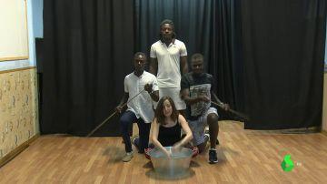 'Boza!', la obra de 'Teatro sin papeles' que combate los prejuicios contra los migrantes
