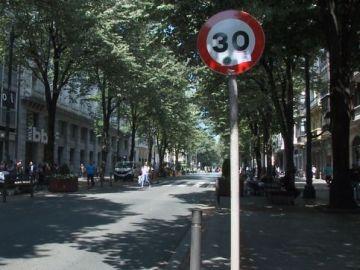 Señalización en la Gran Vía de Bilbao
