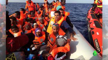 Un barco de Proactiva Open Arms con 59 migrantes a bordo