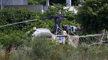 El helicóptero utilizado para la fuga de prisión fue hallado incendiado