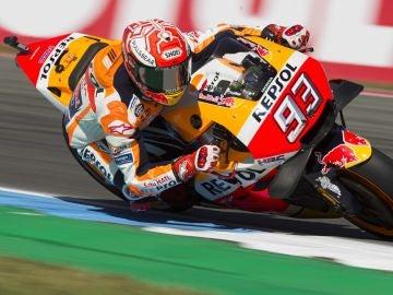 Marc Márquez pilota la Honda en Assen