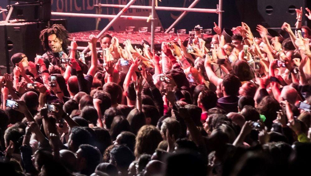 Un momento del concierto que ha ofrecido el estadounidense Lenny Kravitz en el Festival O Son do Camiño
