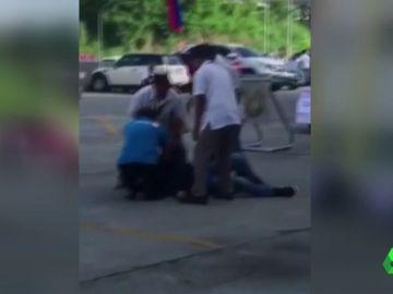 Asesinado un alcalde filipino en pleno acto oficial.