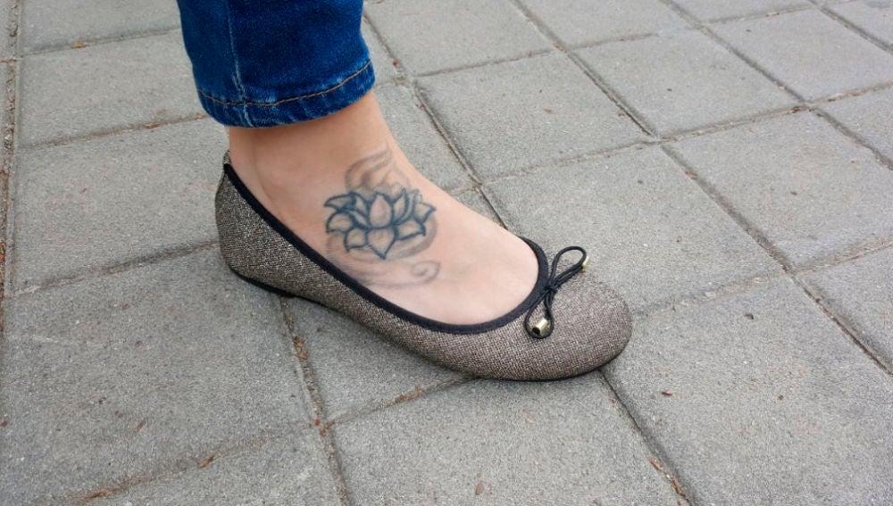 Imagen del tatuaje de la opositora a psicóloga militar