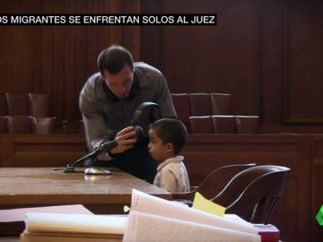 Niños solos ante el juez, sin derecho a abogados y deportados: ellos también sufren la despiadada política migratoria de Trump
