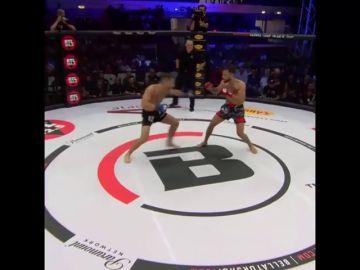 La brutal patada que acaba en un K.O. histórico: ¡tumba a su rival en seis segundos!