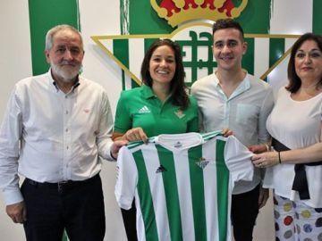 Ana Romero, en su presentación como jugadora del Betis