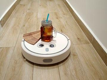 Entrenar al robot para que me traiga un refresco y el abanico