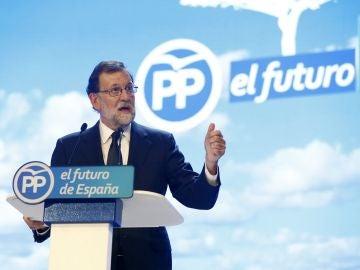 El presidente del PP, Mariano Rajoy, durante su intervención en la celebración del Congreso Nacional del Partido Popular