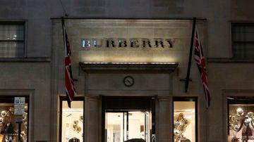 Fachada exterior de una de las tiendas de Burberry