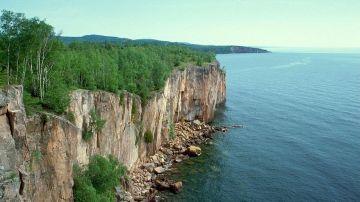 Investigar un lago milenario ha permitido a los investigadores conocer mejor cómo era la biosfera hace 1.000 millones de años