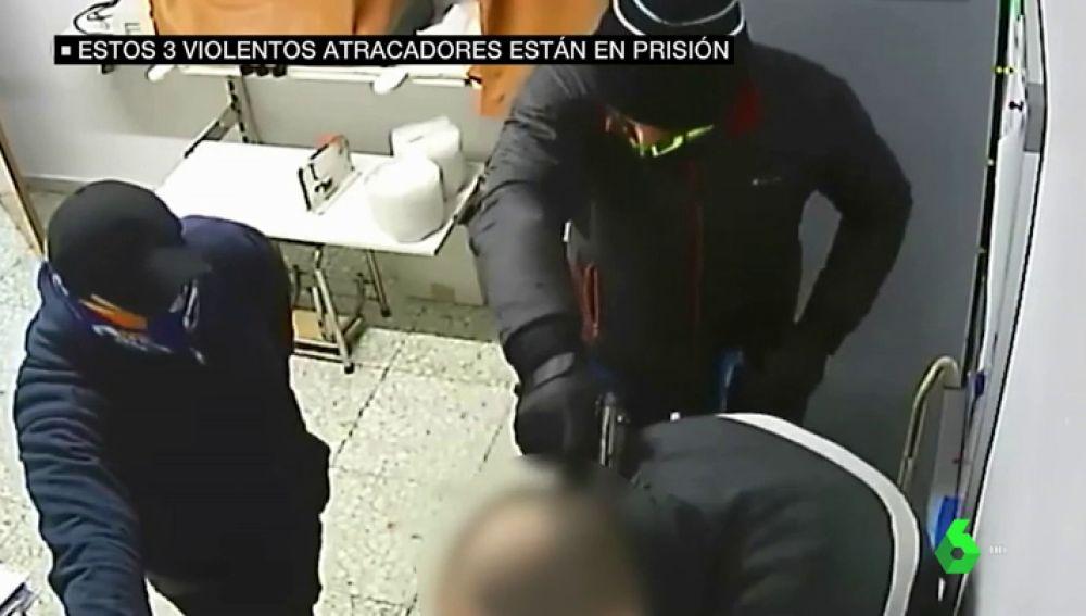 atracadores violentos