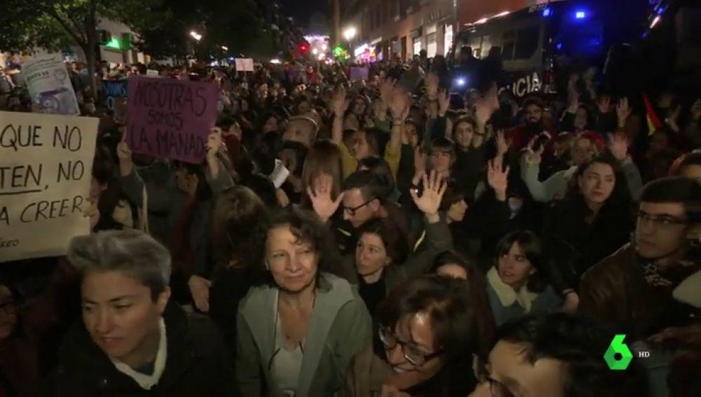 Condenados a cuatro años de prisión por abusar sexualmente en grupo de una chica en Torrevieja