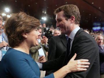 Soraya Sáenz de Santamaría y Pablo Casado, en el Congreso Extraordinario del PP